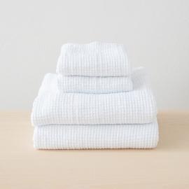 Sæt af badehåndklæde og håndklæde i 100% hør, hvide, forvaskede, Waffle