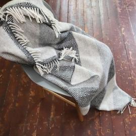 Plaid i 100% uld, grå, Valentino