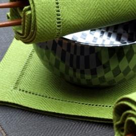 Emil i Regnskovsgrøn & Trækulfarvet